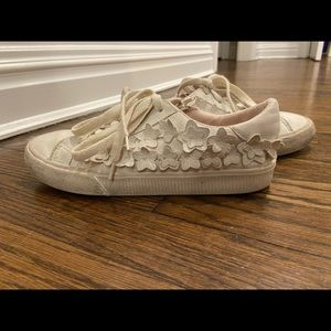 Zara flower embroider sneaker